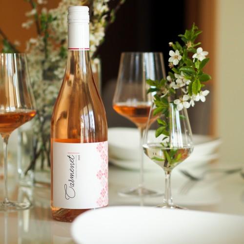 Carmenet ideálne rosé na slnkom zaliatu sezónu